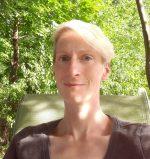 Kari Daly Headshot